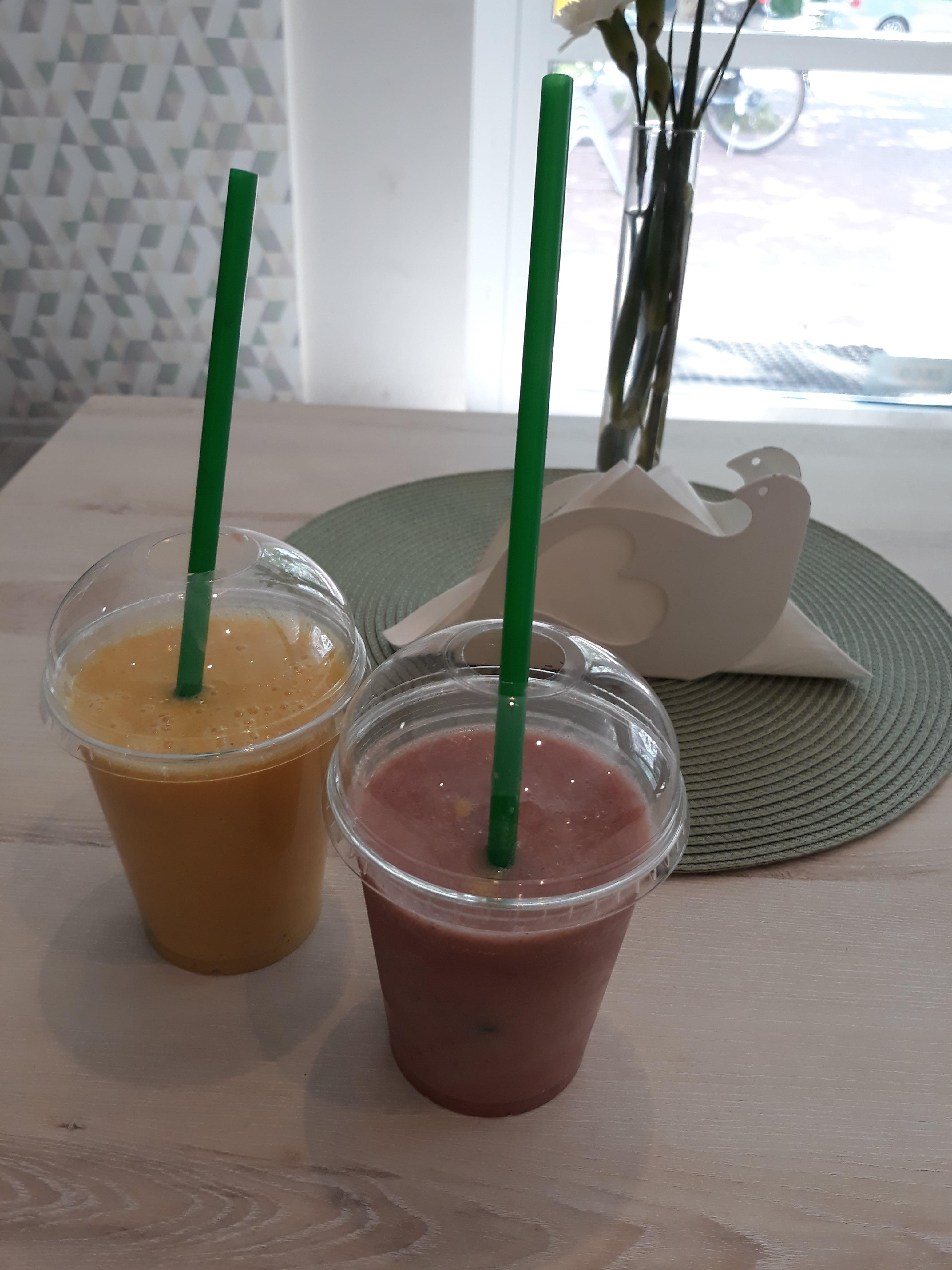 kawiarnia-krzyki-smiechy-cafe