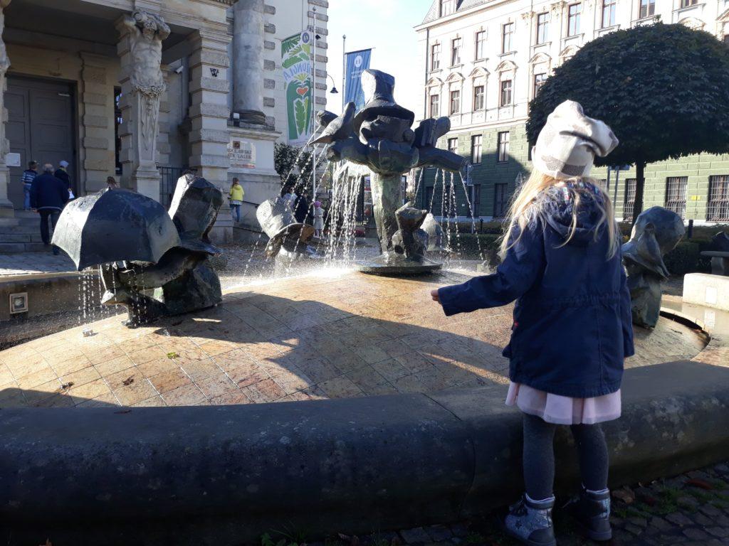 teatr-lalek-fontanna