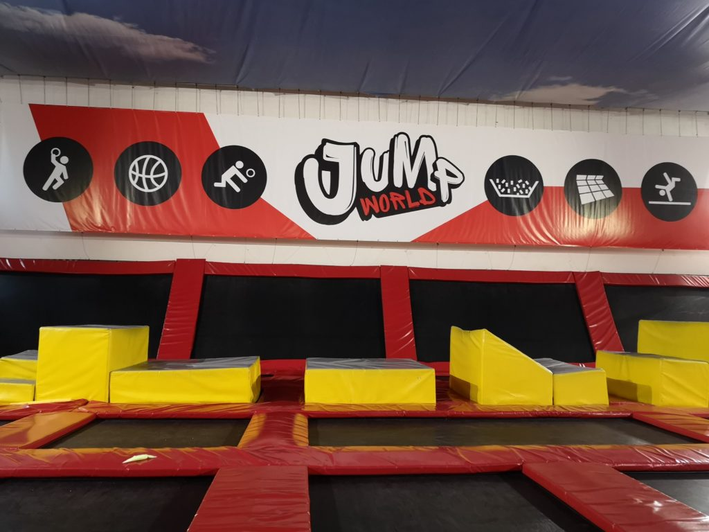 jumpworld-trampoliny