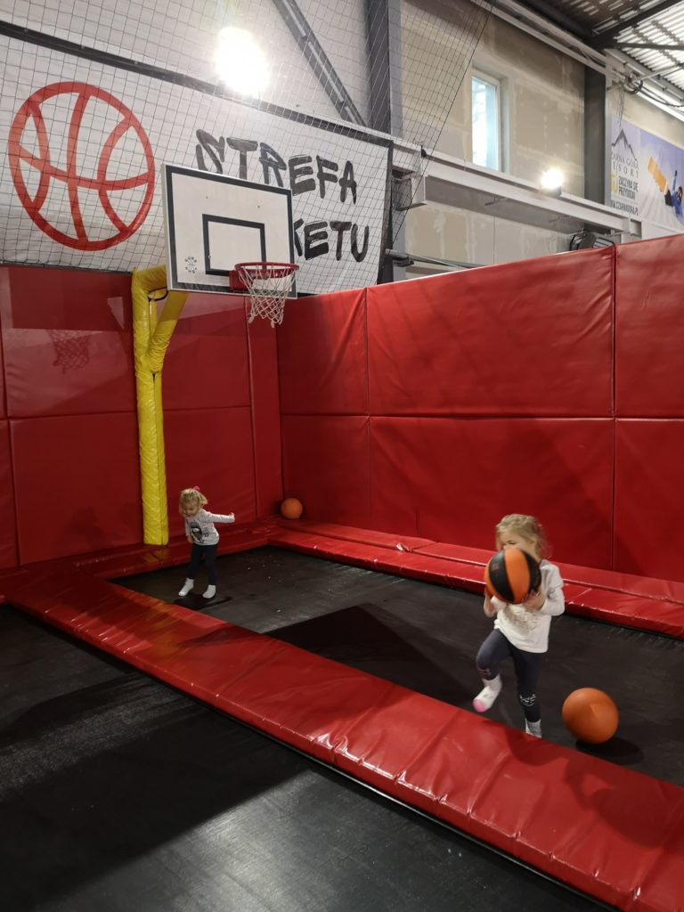 jumpworld-kosz-trampoliny