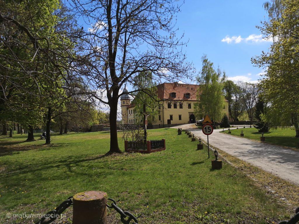 palac-krobielowice