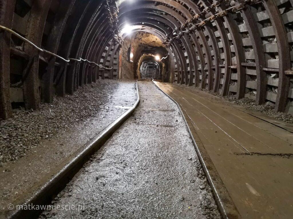 trasa-podziemnej-kolei