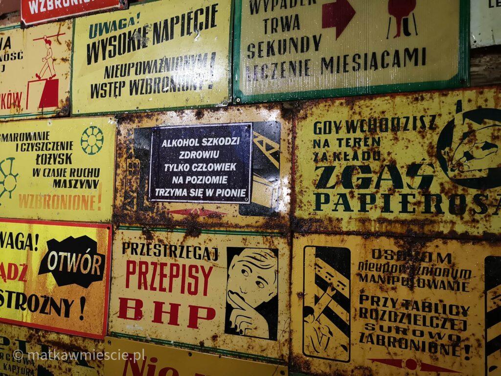 tablice-w-kopalni