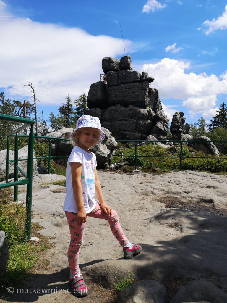 szczeliniec-skały