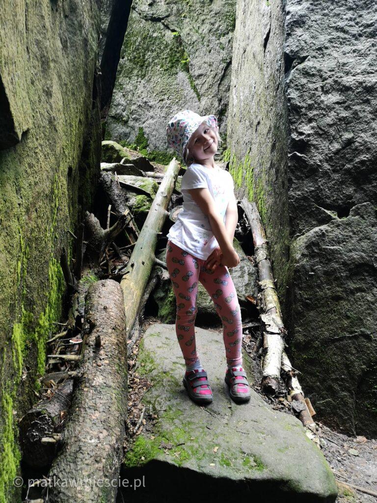 labirynt-skalny-szczeliniec