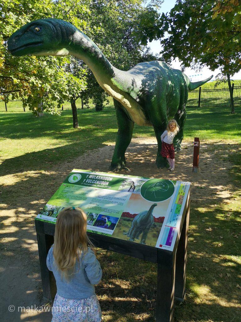 dinozaury-park-wrocławski