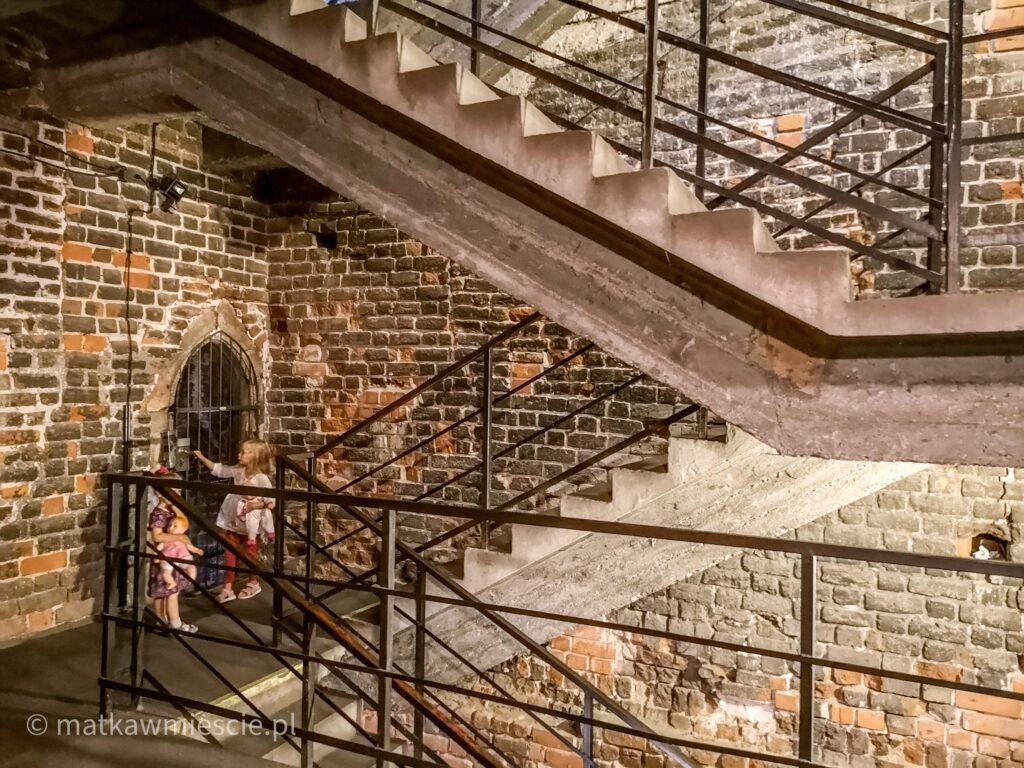 schody-na-mostek-pokutnic