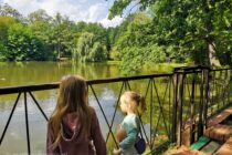 dzieci-staw-park-leśnica
