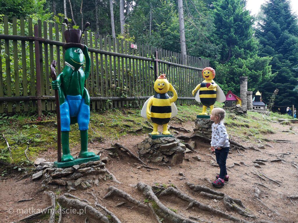 ogród-bajek-pszczolka-maja-gucio-filip