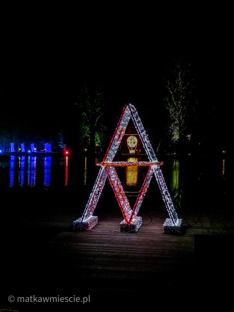 park-iluminacji-staw