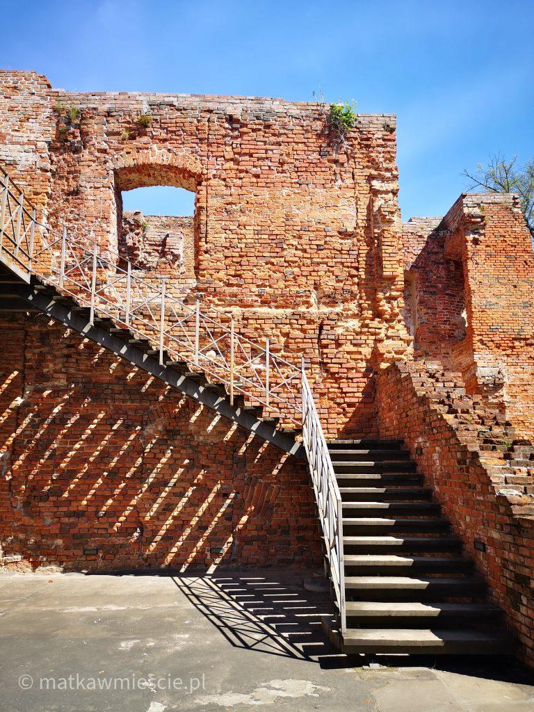 ruiny-zmigrod