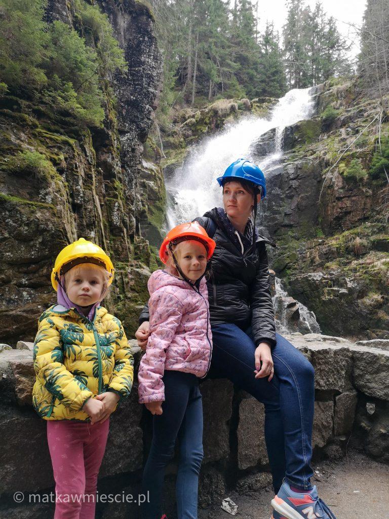 wodospad-kamieńczyka-rodzinka