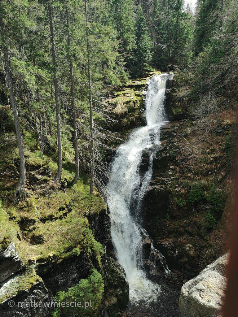 wodospad-kamienczyka-widok-z-tarasu