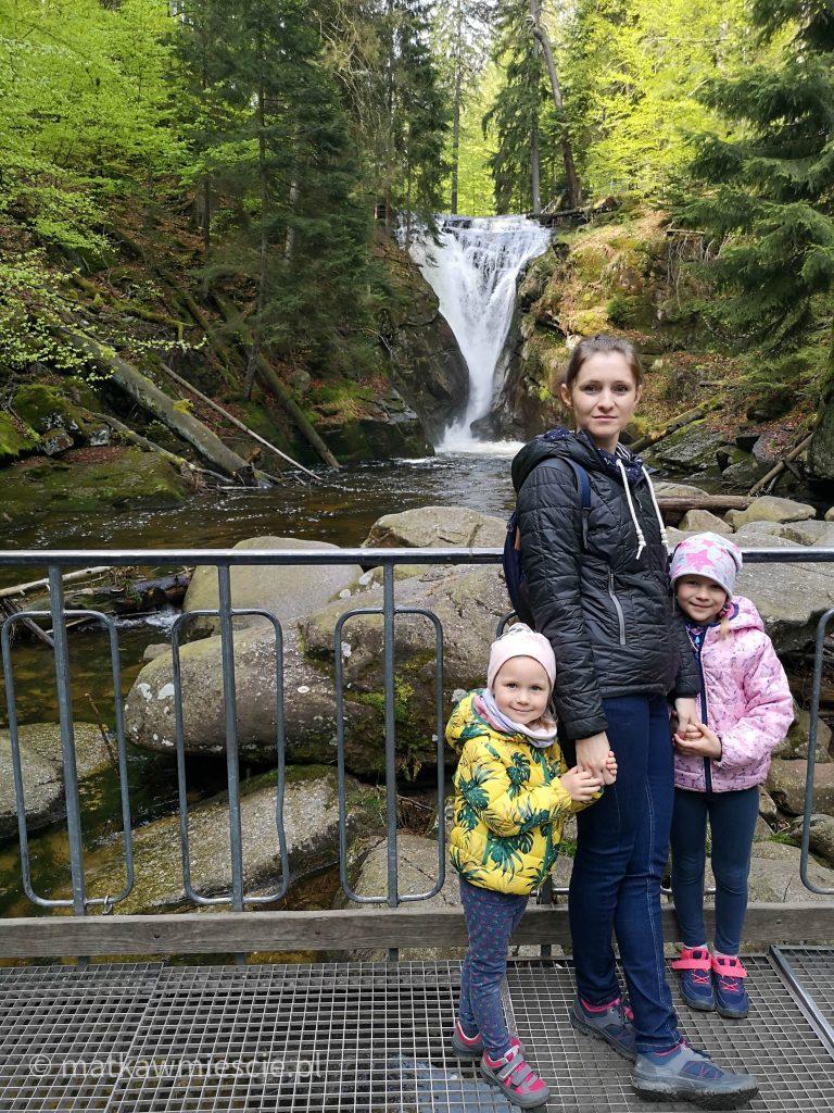wodospad-szklarki-rodzinka