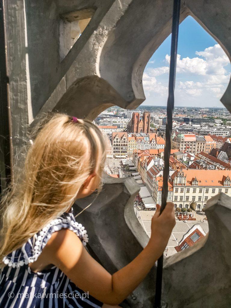 dziecko-widok-z-wieży