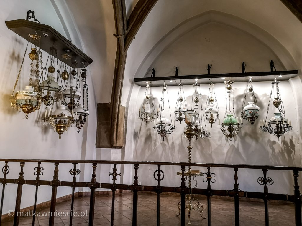 lampy-naftowe-wystawa