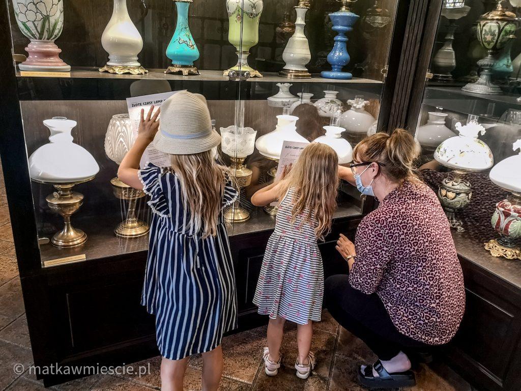 dzieci-w-muzeum